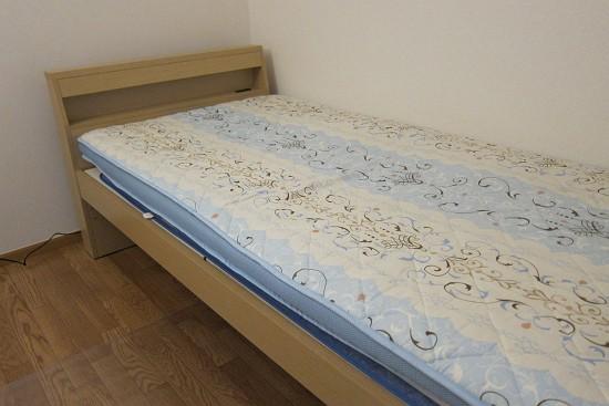 menuet ベッドフレームとマットレス