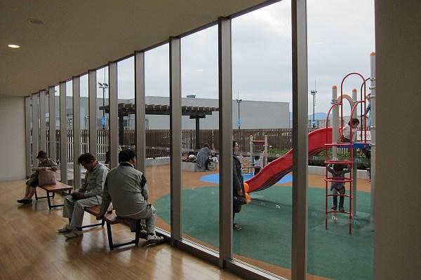 mark is 福岡ももちの屋上の遊び場の写真