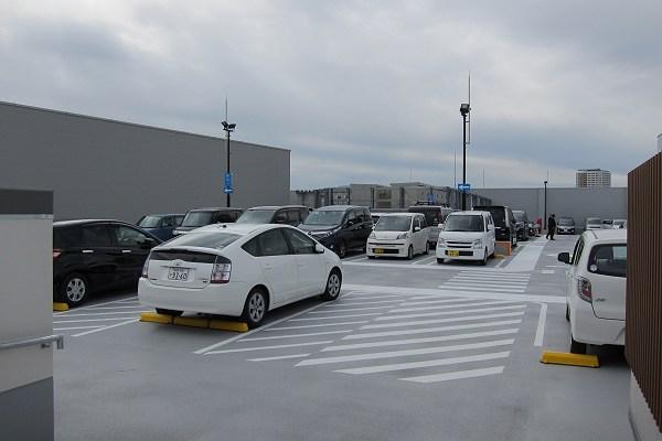 mark is 福岡ももちの駐車場の写真