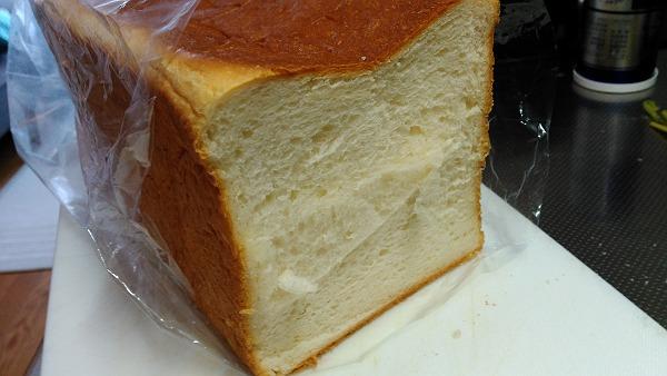 糸島Noanのパンの断面